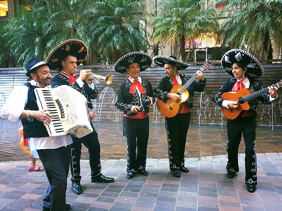 Wedding with The Three Amigos Roving Mariachi Band Australlia and Elio Solo Latin Instrumental Guitarist
